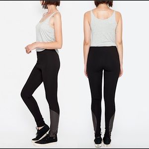 Final drop in price.Johnny Was Skinny Pants NWT: L